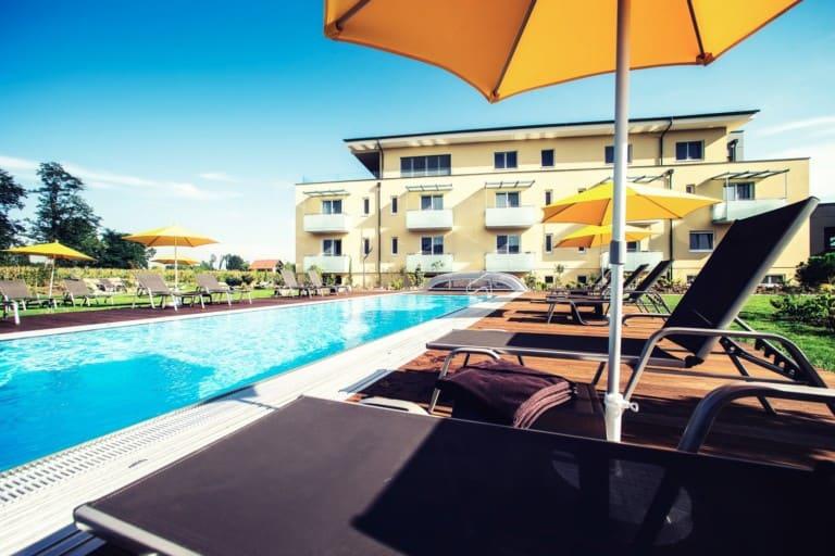 Hotel Pool - Toscanina